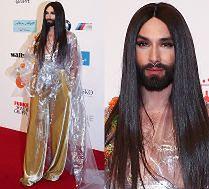 Conchita Wurst pokazała sutek na rozdaniu nagród!