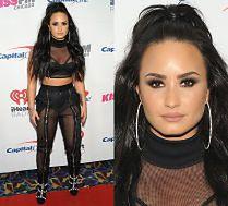 Demi Lovato odsłania brzuch w