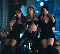 Jest już WSPÓLNY SINGIEL Miley Cyrus, Ariany Grande i Lany Del Rey do nowej wersji
