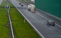 """Polskie prawo jazdy """"podstawowej"""" kategorii pozwala prowadzić pojazdy o masie do 3,5 t. W Niemczech kiedyś można było więcej"""