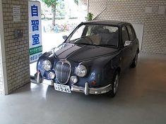Mitsuoka Viewt - najpopularniejszy model marki, który jak dotąd doczekał się kilkunastu tysięcy egzemplarzy.