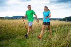Nordic walking to świetny pomysł dla każdego - bez względu na wiek i płeć