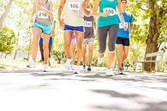 Biegacze startujący w zawodach