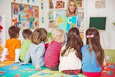 Dzieci uczą się literek