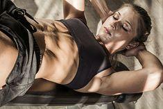 Brzuszki to stały element treningu ABS