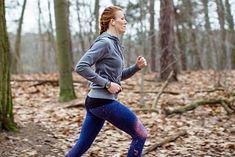 Trening biegacza można wykonać np. w lesie