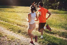 Na zdjęciu: para biegaczy