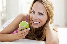 Owoce nie tuczą - to jeden z popularnych stereotypów. Jak jest naprawdę?
