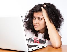 Laptop na studiach zdecydowanie się przydaje (fot. na lic. CC; Flickr.com/by CollegeDegrees360)