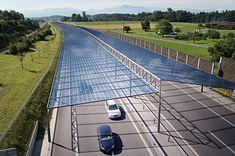 Dach fotowoltaiczny nad autostradą