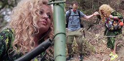 Strasza pani musi fiknąć Magda Gessler przemierza dżunglę w Dolce Gabbana