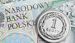 Afera KNF odbija się na walutach. Rosną kursy euro i franka