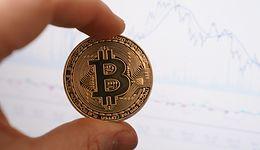 Bitcoin pikuje. W tym roku z kryptowalut wyparowało ponad 600 mld dolarów