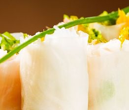 Spring rolls z kimchi i makaronem ryżowym