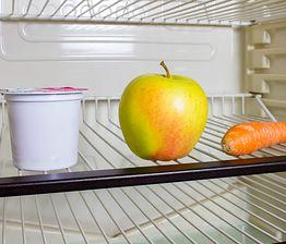 Triki na brzydki zapach w lodówce