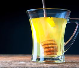 Rozgrzewający napój z chili i cynamonem