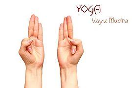 Vayu-Mudra (Mudra wiatru)