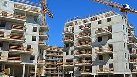 W ostatnich latach ceny mieszkań wzrosły o blisko 30 proc. Trwający od połowy 2017 roku boom w budowlance nie zaspokoił rynku.