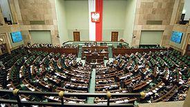 Sejm przegłosował nowe 500+