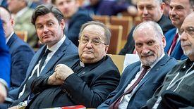 Antoni Macierewicz i o. Tadeusz Rydzyk na konferencji dot. cyberbezpieczeństwa