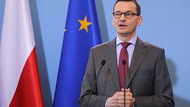 - Wprowadzamy nową zasadę, jeśli nie jesteś obywatelem naszego kraju, to nasza granica jest zamknięta - mówił na specjalnej konferencji minister Kamiński.