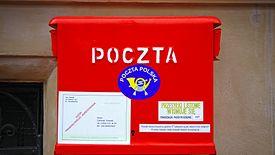 Poczta Polska skarży się, że dostaje bardzo mała pomoc ze strony państwa, więc swój rozwój musi opierać na przynoszącym coraz więcej strat doreczaniu listów