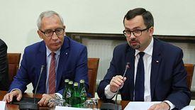 Marcin Horała (z prawej), przewodniczący komisji śledczej ds. VAT