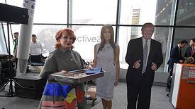 Wreszcie polscy turyści i ludzie biznesu mogą podróżować do USA bez wiz - mówiła ambasador Mosbacher.
