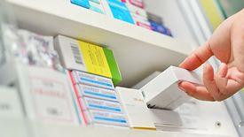 Braki leków w Polsce częściowo spowodowane są przez działania mafii lekowych.