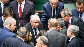 Jarosław Kaczyński podczas ostatniego posiedzenia Sejmu zorganizował szybką naradę w sprawie VAT
