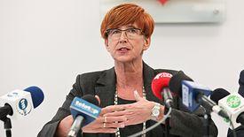 Minister Elżbieta Rafalska zaprzeczała, by upadłość małych sklepów była spowodowana wprowadzeniem zakazu handlu w niedziele