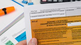 W tym roku rząd wprowadził dwie radykalne zmiany w rozliczaniu podatku dochodowego od osób fizycznych.