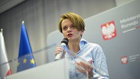 """Jadwiga Emilewicz przejęła odpowiedzialność za program """"Mieszkanie Plus"""". Szuka sposobów, by inaczej zachęcić Polaków do kupowania mieszkań"""