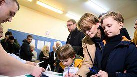 Jadwiga Emilewicz podczas głosowania