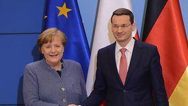 Premier Morawiecki chce zrównoważyć budżet. Kanclerz Merkel robi to od pięciu lat
