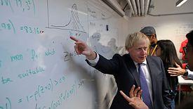 Premier Boris Johnson musi podjąć istotną decyzję ws Huawei.