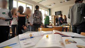 Obecnie coraz więcej osób decyduje się na naukę bądź doskonalenie swoich umiejętności poprzez korepetycje.