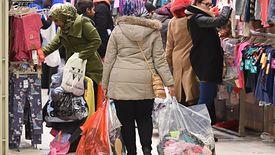 Polakom wystarcza na codzienne zakupy, ale na większe wydatki muszą oszczędzać