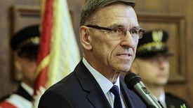 Prezydent Olsztyna Piotr Grzymowicz przyznał, że będzie musiał pozbyć się z urzędu 30 osób.