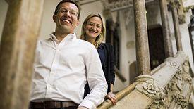 Henry Timms i Asha Curran w 2012 r. wpadli na pomysł, by po dniach szału zakupowych zachęcić ludzi do bezinteresownej pomocy