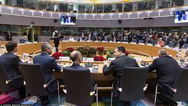 Przywódcy państw UE rozpoczęli spotkanie około 19. Już po 25 minutach zakończyło się ono fiaskiem. Zgody co do budżetu nie ma