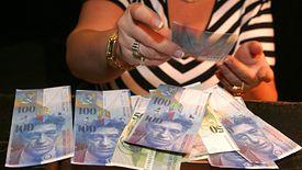 Rzecznik finansowy chce wiedzieć, jak to możliwe, że firma deklaruje aż tak wysokie możliwe zyski w sprawy związane z kredytami frankowymi.