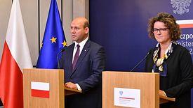 Szymon Szynkowski vel Sęk zapewnił, że Polacy zagranicą są bezpieczni.