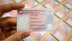 Jeśli Polska szybko nie wprowadzi e-dowodu, może stracić 150 mln zł