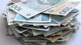 Jeszcze niedawno Polacy zadłużali się najczęściej na kilkaset złotych. - Ale to już przeszłość - mówią eksperci