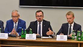 Marcin Horała przedstawił projekt raportu końcowego komisji śledczej.