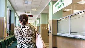 ZUS przyjmuje już wnioski o tak zwane 500 plus dla emerytów.