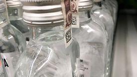 """Producenci wódki protestują przeciwko opłacie za """"małpki"""""""