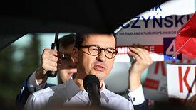 """Mateusz Morawiecki za pośrednictwem służb prasowych rządu zapowiada prywatny pozew przeciw """"Gazecie Wyborczej""""."""