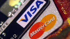 Visa i Mastercard zwiększają maksymalną kwotę transakcji zbliżeniowych.